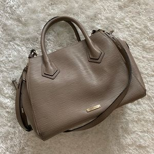 Classic Rebecca Minkoff shoulder bag